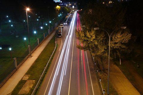 วิธีขับรถยนต์ช่วงกลางคืน ให้มีความปลอดภัย