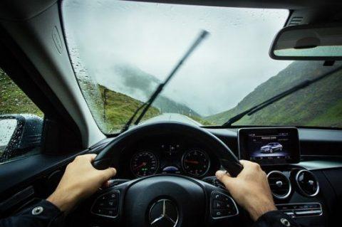 เรื่องน่ารู้ที่จะทำให้คุณขับรถยนต์ได้เก่ง ภายในเวลาอันสั้น !