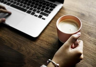 วิธีเลิกกาแฟแบบง่าย ๆ ไม่ทำให้ปวดหัว