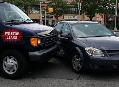 ขั้นตอนการเรียกประกัน รถยนต์หากรถได้รับอุบัติเหตุ